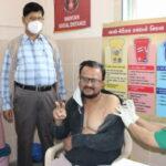 જુહાપુરાની આમેના ખાતુન હોસ્પિટલમાં ડૉક્ટરો સહિતના સ્ટાફે કોરોના વેક્સિન લીધી